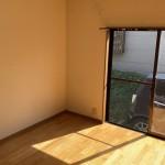 洋室2(玄関)